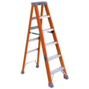 F586-6 FIBERGLASS 6FT STEP LADDER