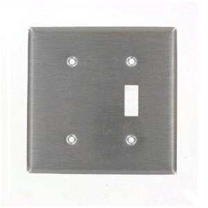84077-40  2G PLATE SS 1TOG 1BLANK