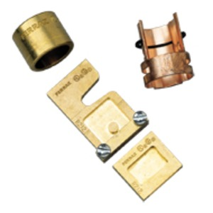 J136 ALLOWS 30A FUSE TO FIT 100 A CLIP
